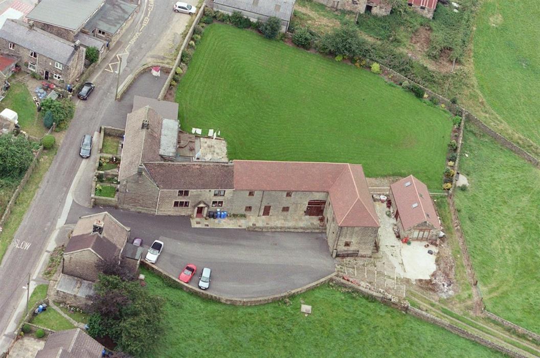 Padley Farm, Dungworth