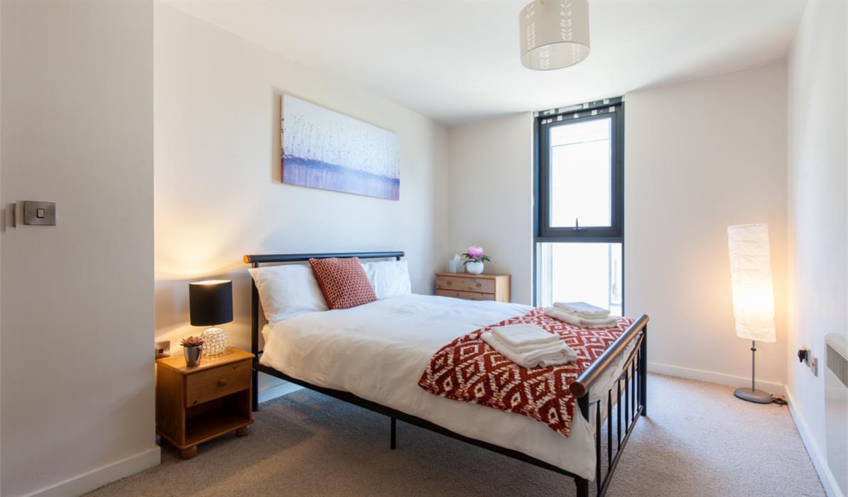 Excel Sheffield City - Bedroom 2