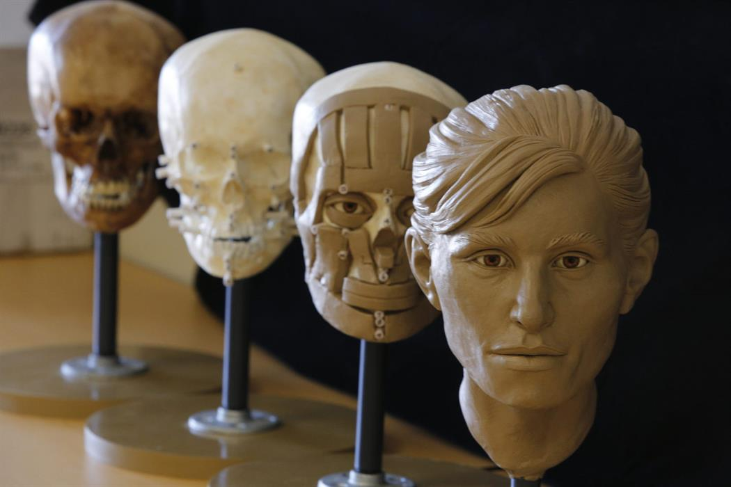 Reviving the Dead: a practical workshop working with human skulls for adults