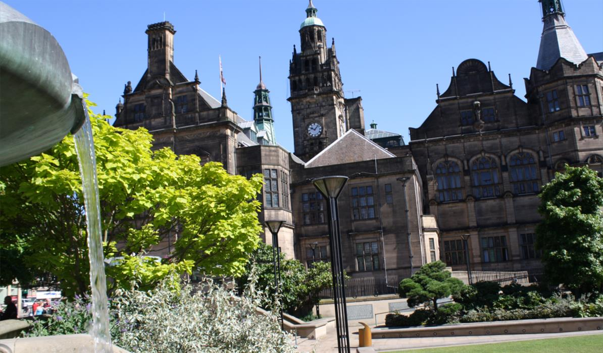 Sheffield Town Hall & The Peace Gardens
